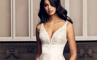 Paloma Blanca Style 4906 | Bridal Fashion Friday