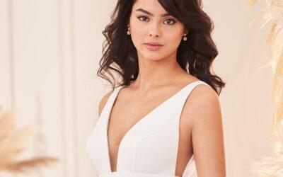 Paloma Blanca Style 4962 | Bridal Fashion Friday